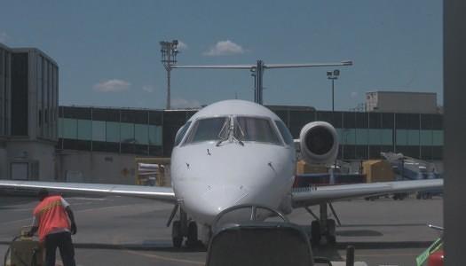 Video   United (as Continental Express) – Embraer ERJ-145 (ERJ) Seat 2A
