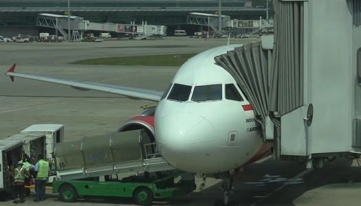 "Video | AirAsia A320 ""Hot Seat"" 14C (Exit)"