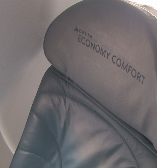 Economy Comfort Seat - Delta CRJ-700