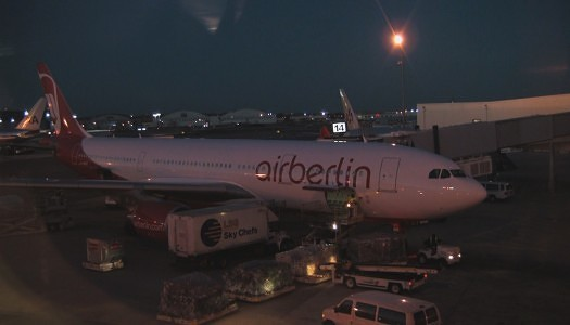 """Video   airberlin A330-200 (special) """"XL"""" Exit Row 29"""