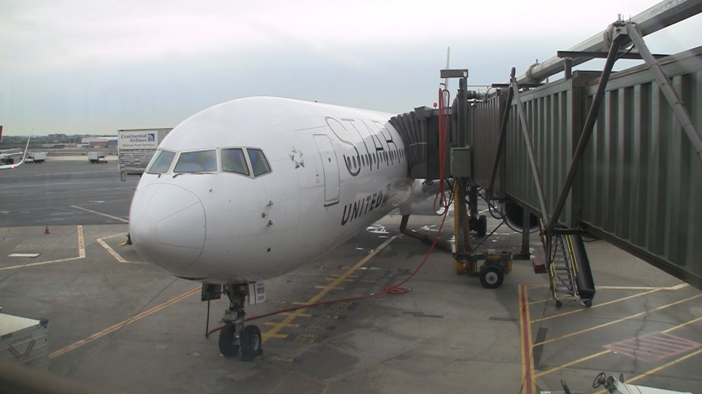 United Airlines 767-400