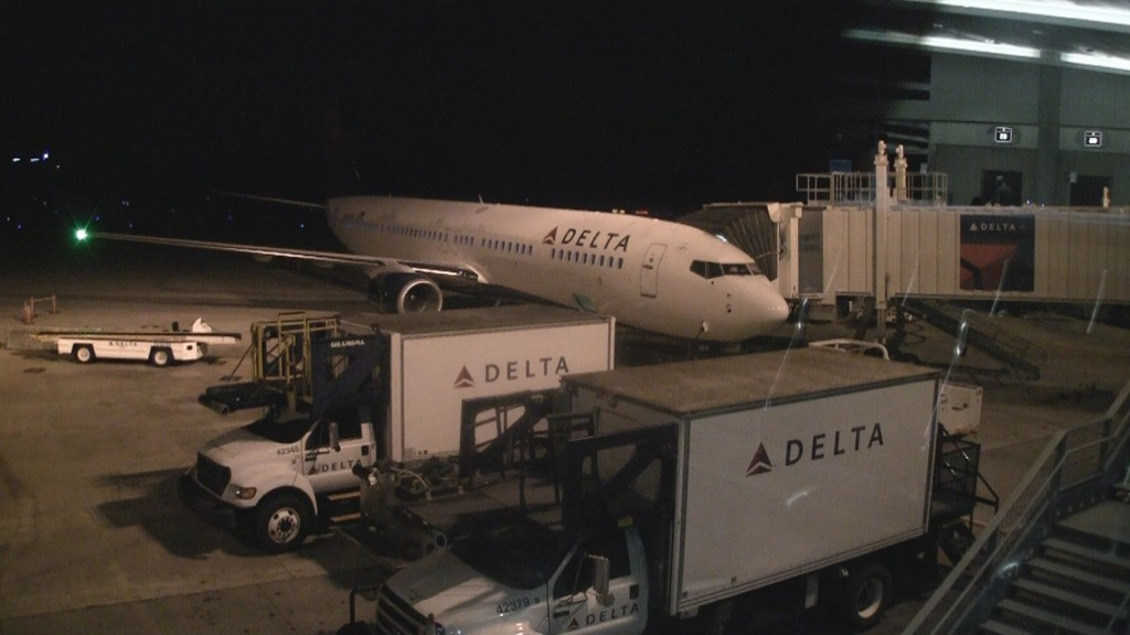 Delta 737-900ER seating - Row 1
