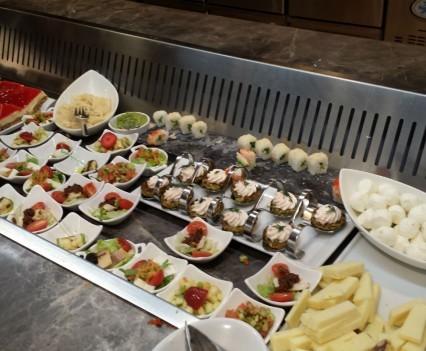Appetizer and desert buffet.
