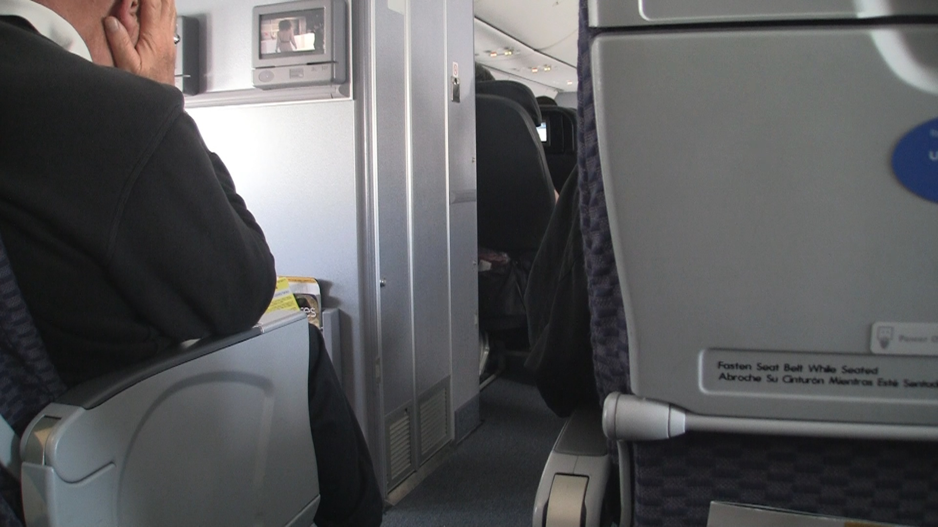 Video United Economy Plus 737 900 Row 9 Modhop Com