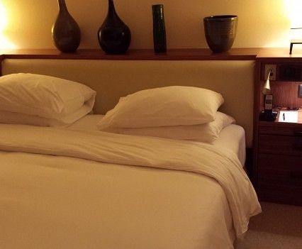 Club Room Bed.