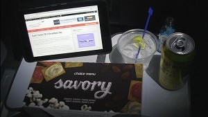 Food and fun party on a United 787-9