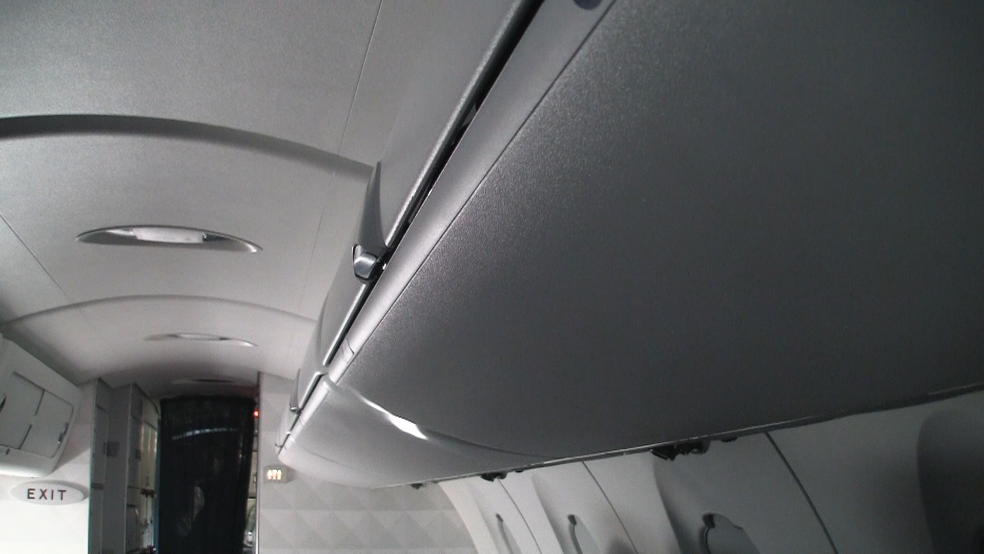 Delta Airlines First Class Review Crj 900 Video Modhop Com