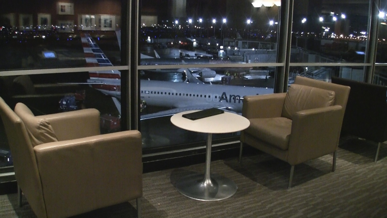 View from American Airlines Admirals Club Chicago