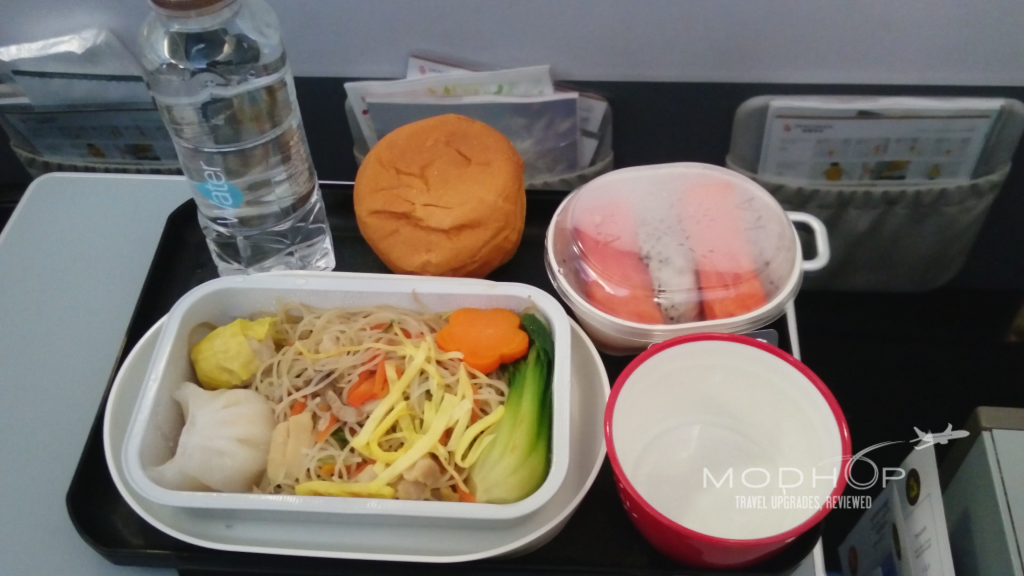 Cathay Dragon A320 breakfast noodles.