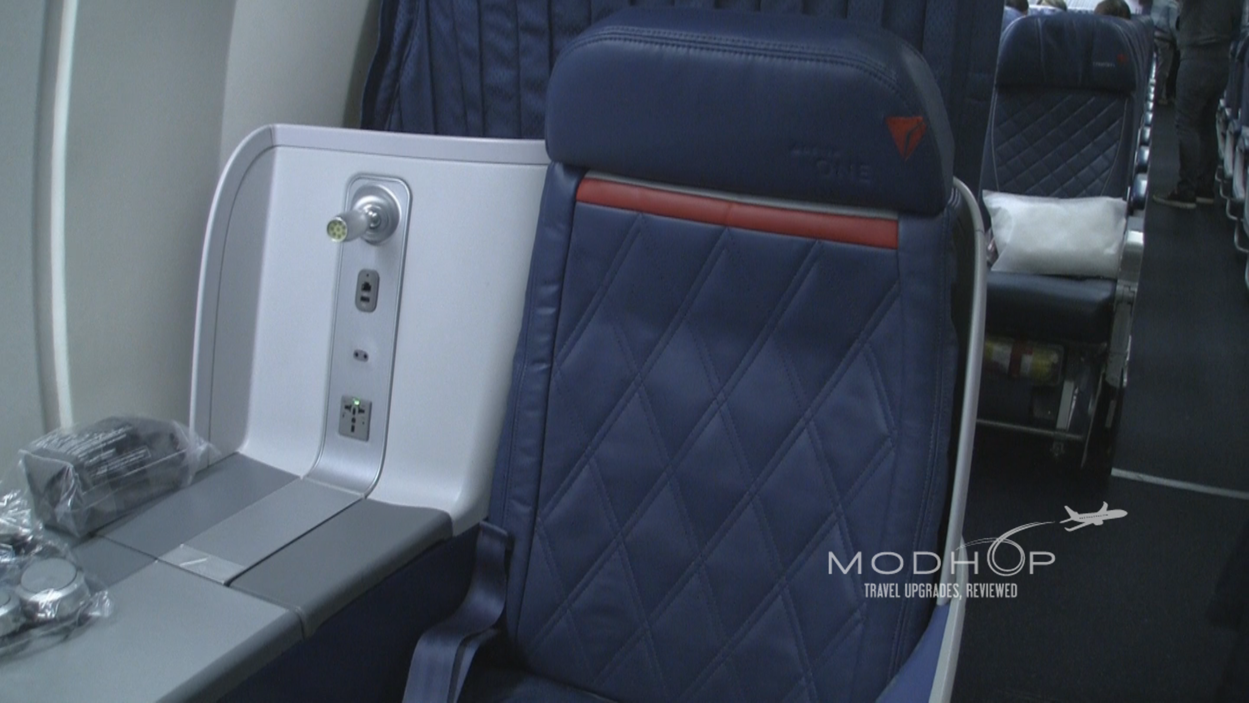 Room to move in Delta One seats