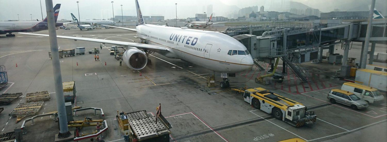 United 777-200 at HKG
