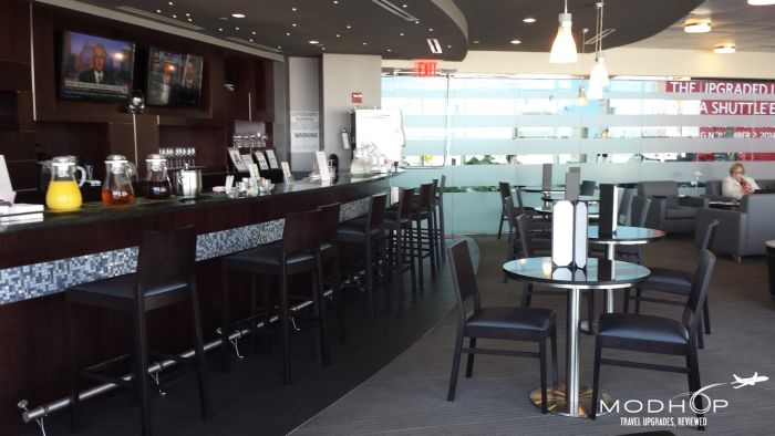 LaGuardia Airport Admirals Club - Bar