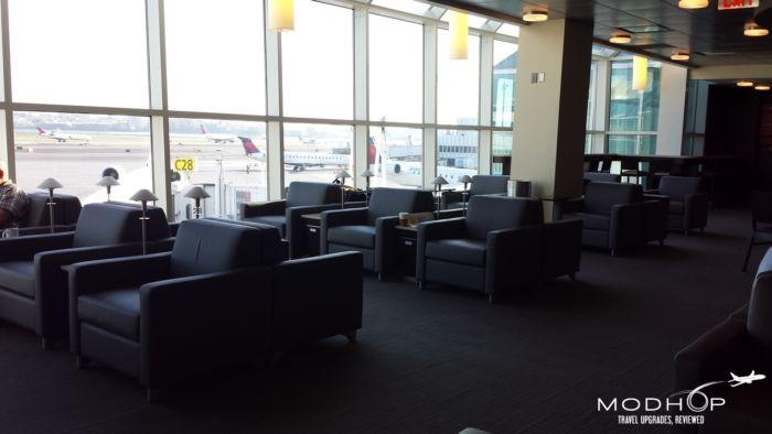 LaGuardia Airport Admirals Club - Seating